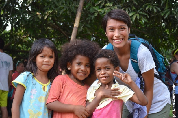 Melissa, one of our volunteers with children in the community
