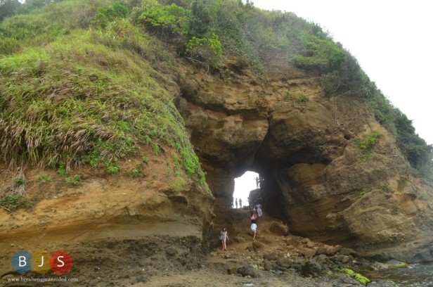 the Bantay Abot Cave