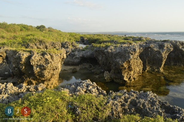 the giant rock formations of Currimao